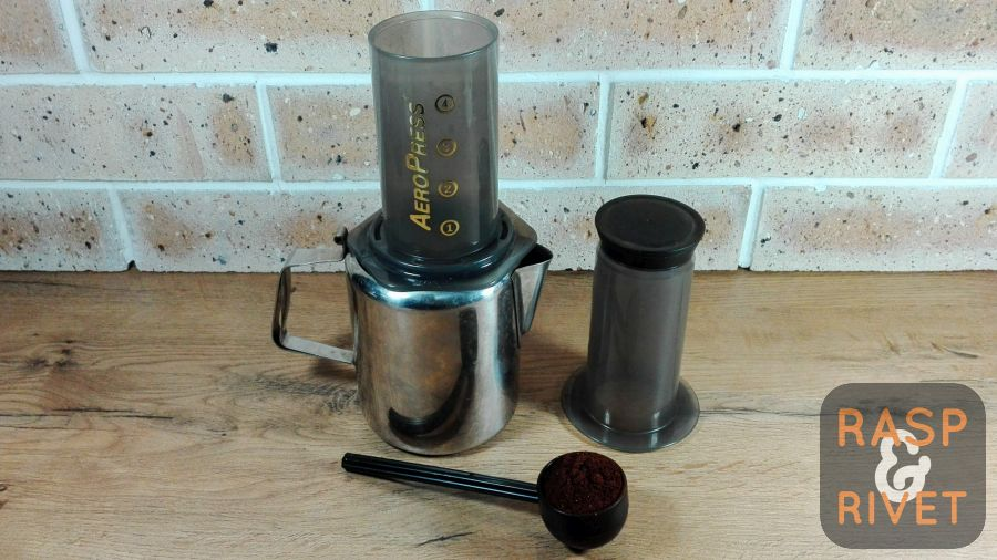 Add two heaped scoops of ground coffee