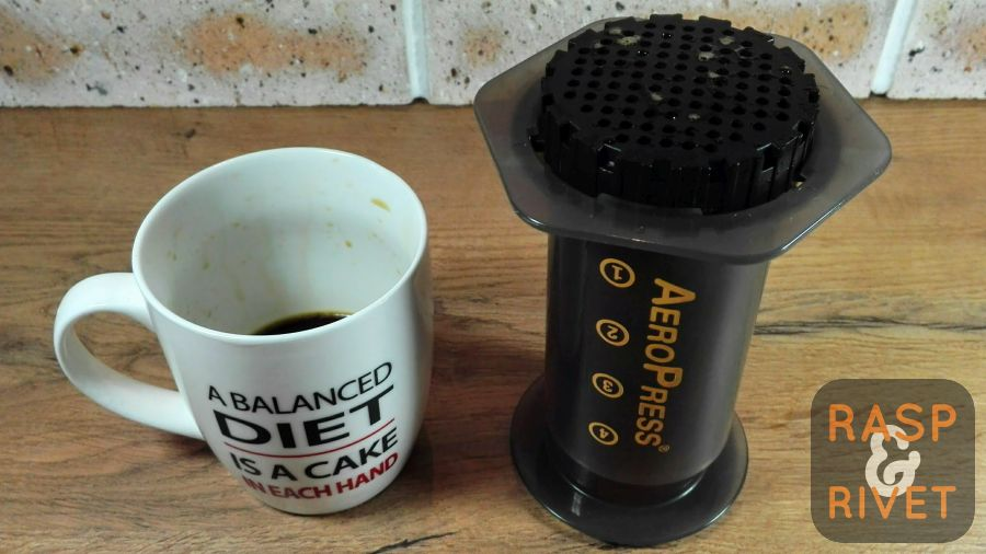 Remove the AeroPress from the cup of double AeroPresso