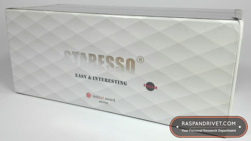The Staresso comes in a beautiful box